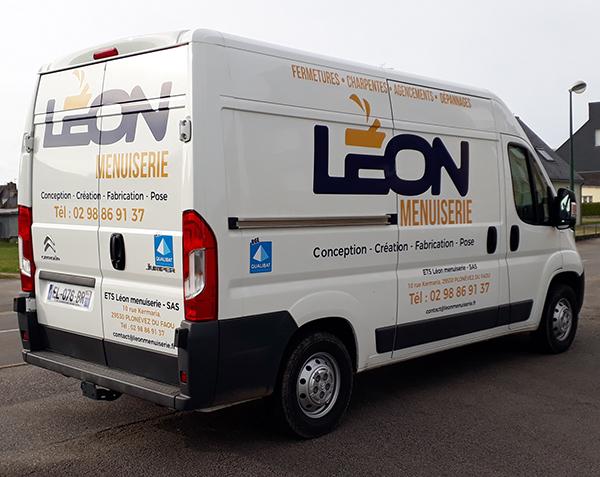 véhicule-leon-menuiserie
